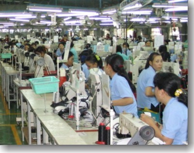 Vietnam_factory_workers